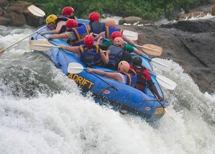 PrimeRafting_the_Nile_in_Uganda
