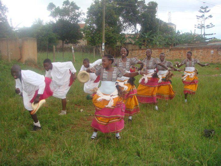 Baganda`s Amagunju dance