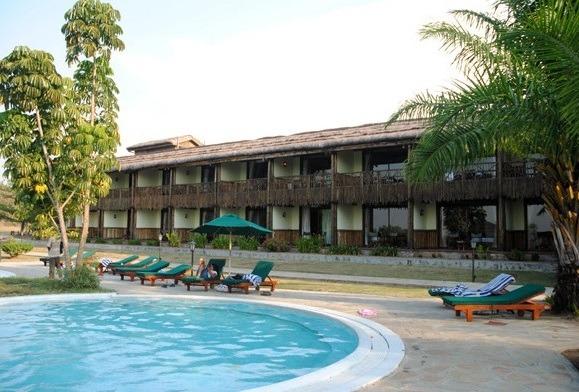 Paraa-Safari-Lodge