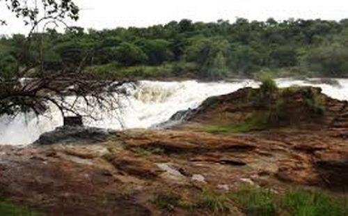 The river Munyanga walk