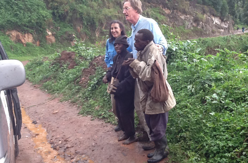 batwa-encounter-in-bwindi