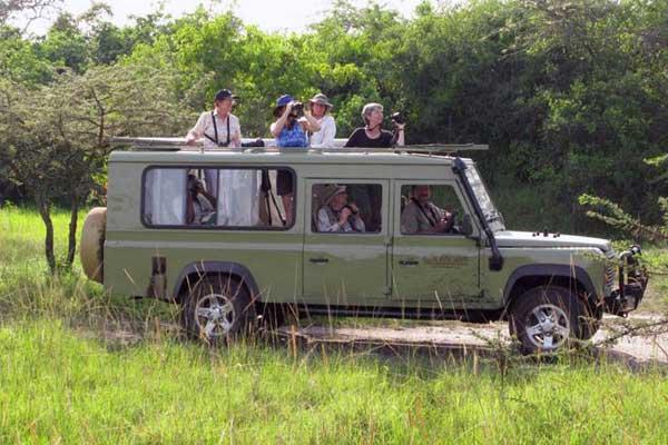 9 days wildlife & gorilla trekking safari in Uganda
