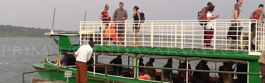 kazinga-boat-cruise-uganda-safari