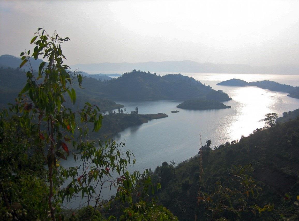 lake kivu -rwanda