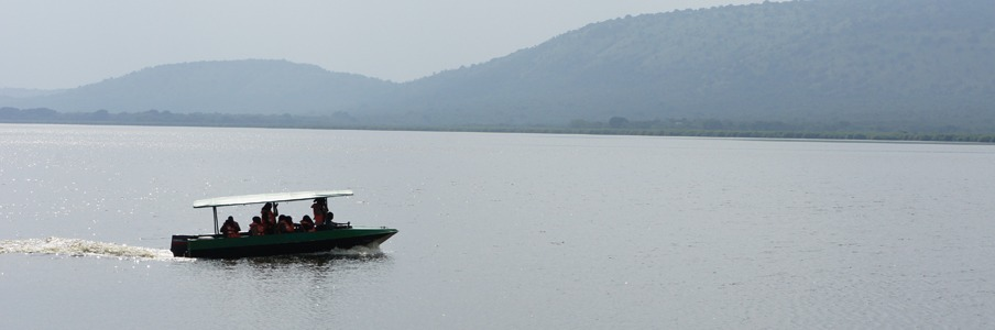 lake-mburo-motorized-boat-cruise