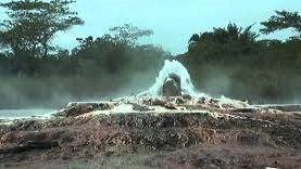 Sempaya hot springs semliki
