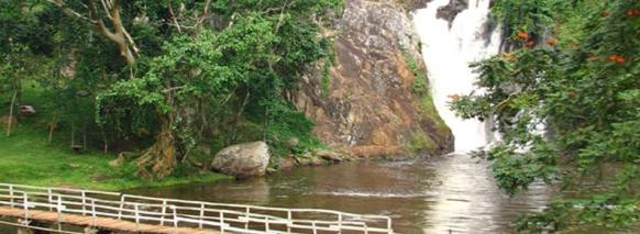 sezibwafalls uganda safari