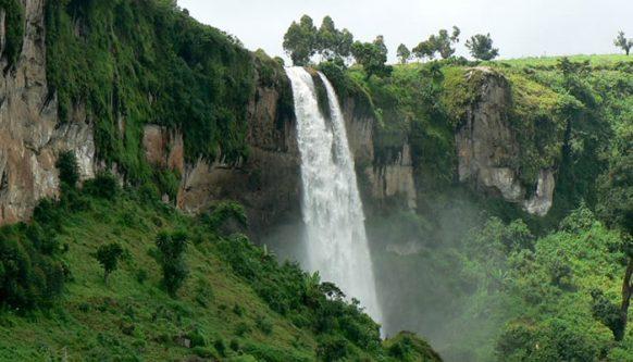 Sipi Falls short safari in Uganda tour