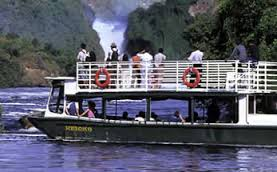 boat cruise on Murchison Falls