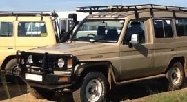 4X4-toyota-landcruiser-safari-car-for-hire