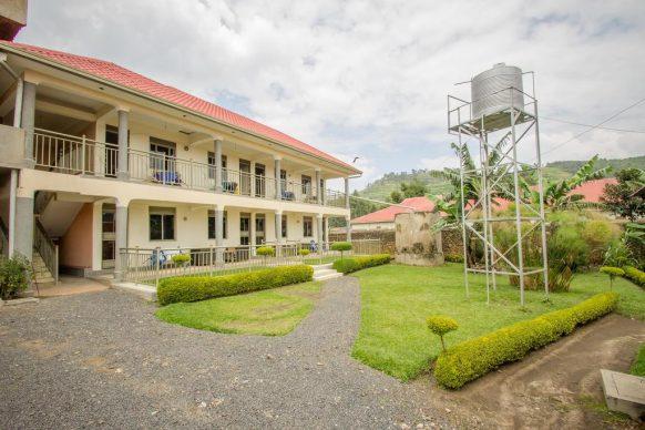 Virunga Campsite and Backpackers