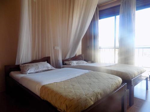 Hotel shine sunet - mbarara