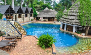 KINGFISHER SAFARIS RESORT HOTEL