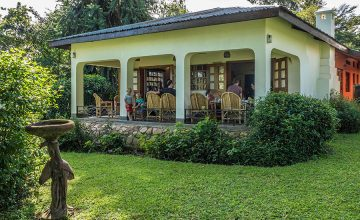 Ruwenzori view guest house - fort portal