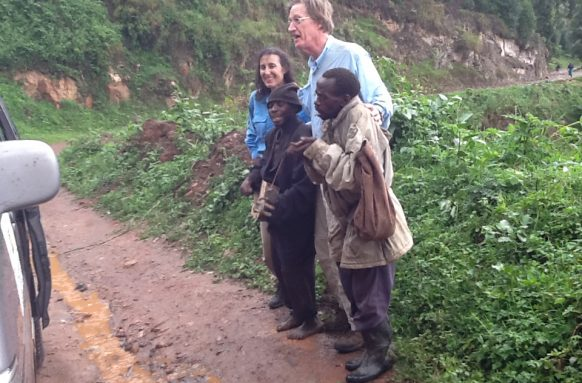batwa-encounter-in-bwindi - Uganda Cultural safari
