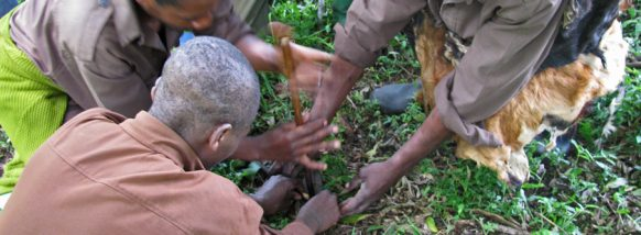 batwa-making-fire uganda safari