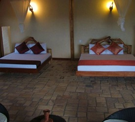 enganzi game lodge- queen elizabeth np