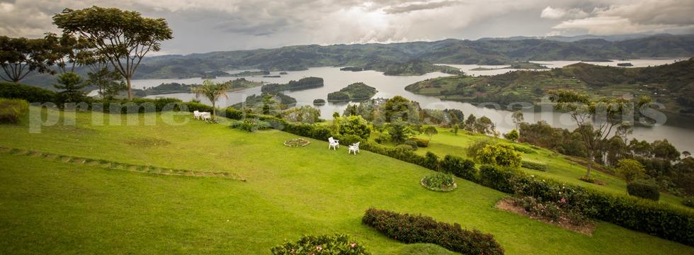 lake-bunyonyi-uganda-safari