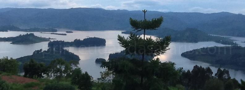 lake- bunyonyi-uganda