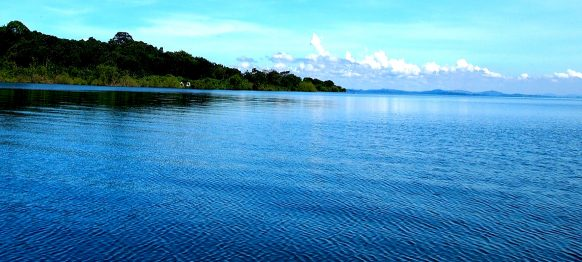 LAKES AND RIVERS IN UGANDA