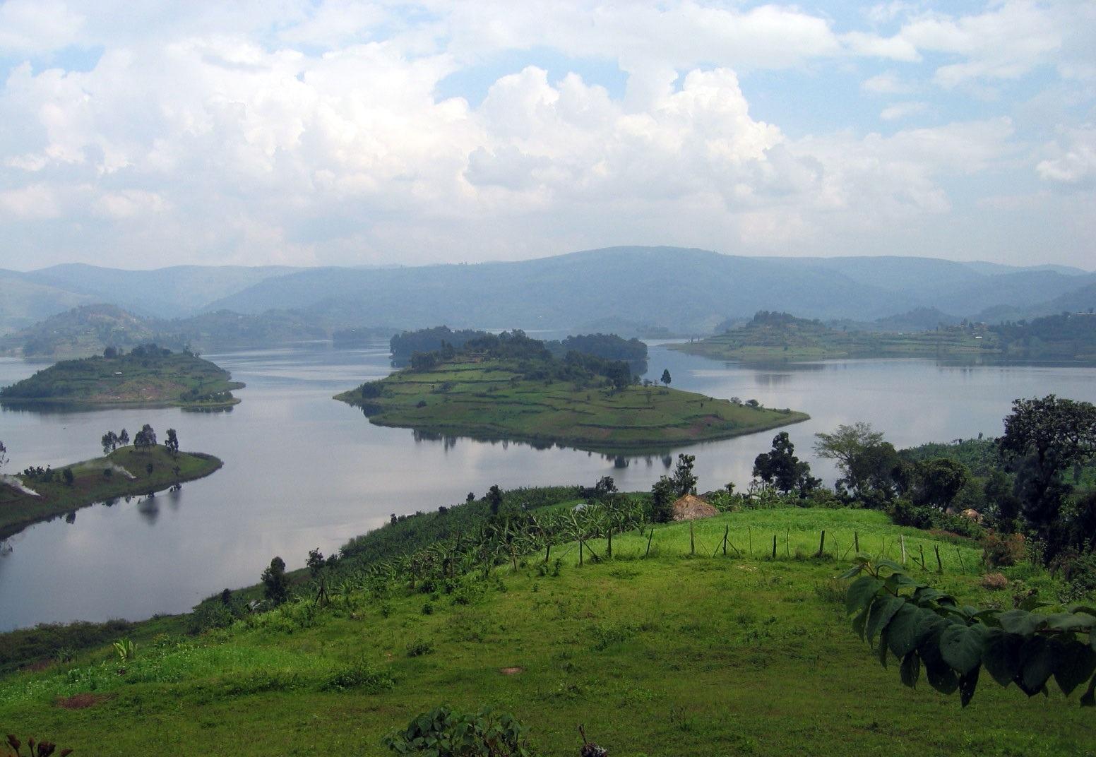 lakeBunyonyi -Uganda