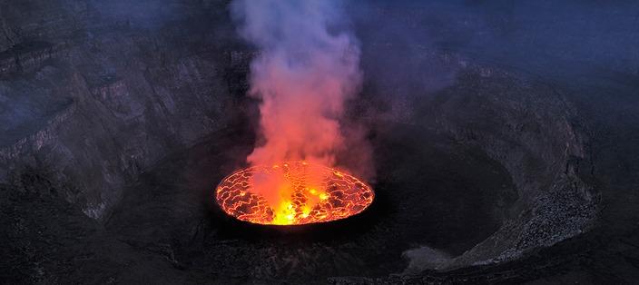 lava lake-nyirangongo crater -congo safaris