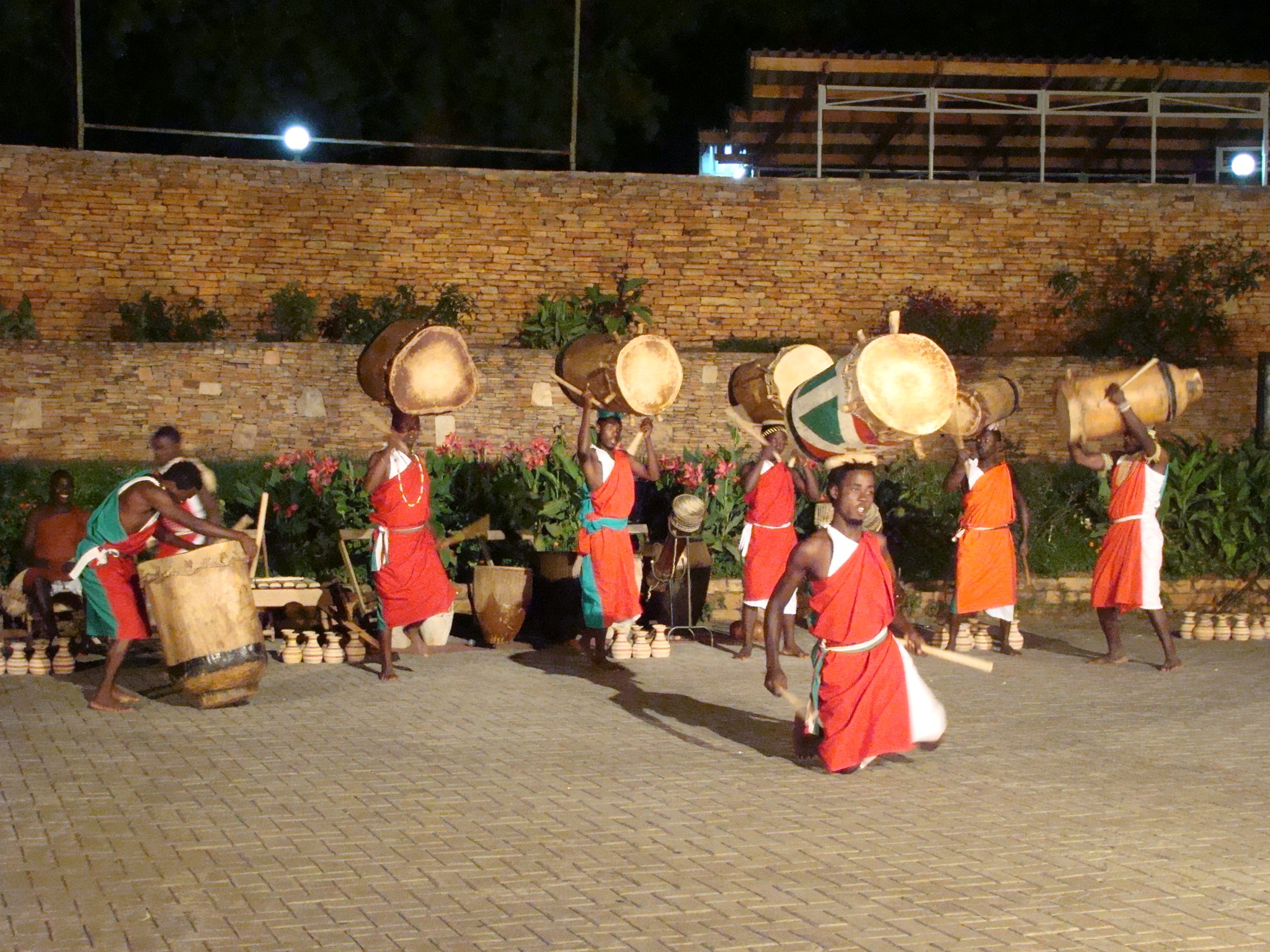 ndere cultural group performing