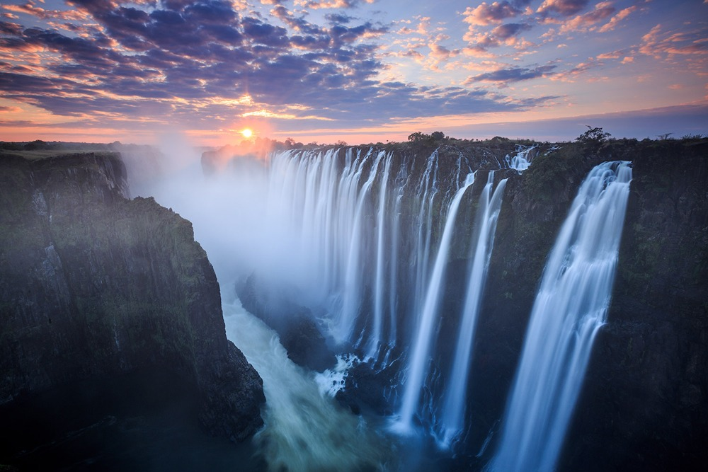 The charming Victoria Falls of Southern Africa-Zimbabwe safari news