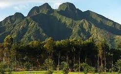 volcanoes climbing